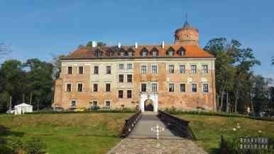 Zamek w Uniejowie - zamki województwa łódzkie
