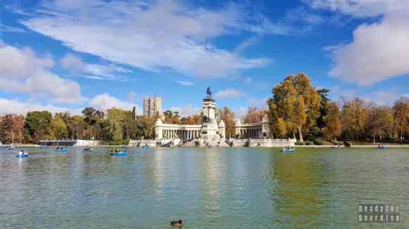 Pomnik Alfonsa XII, Park Retiro, Madryt - Hiszpania
