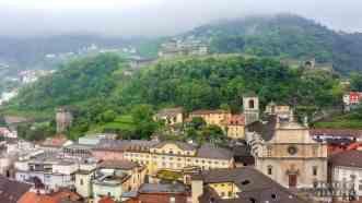 Widok na zamek Montebello, Bellinzona - Szwajcaria