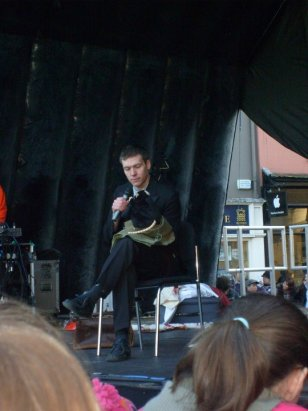 Special one off outdoor performance at the Oxford Science Festival