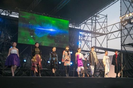 """【Report】立命館大学の服飾団体""""C4""""が「ショクチュウショクブツ」をテーマにファッションショーを開催"""