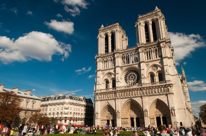 Notre Dame | 6 must-see locations in Paris | Ready To Go