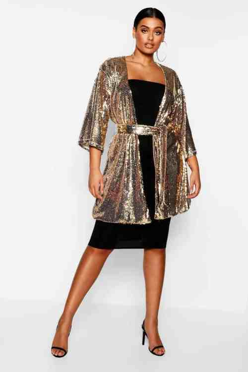 a3d16d38e Plus Size Holiday Clothes: How to Wear Sequins - Ready To Stare