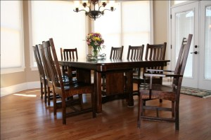 Amish Dining Room Tables for home interiors