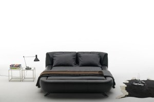 Black Contemporary Bed Design – DS-1164 by Hugo de Ruiter