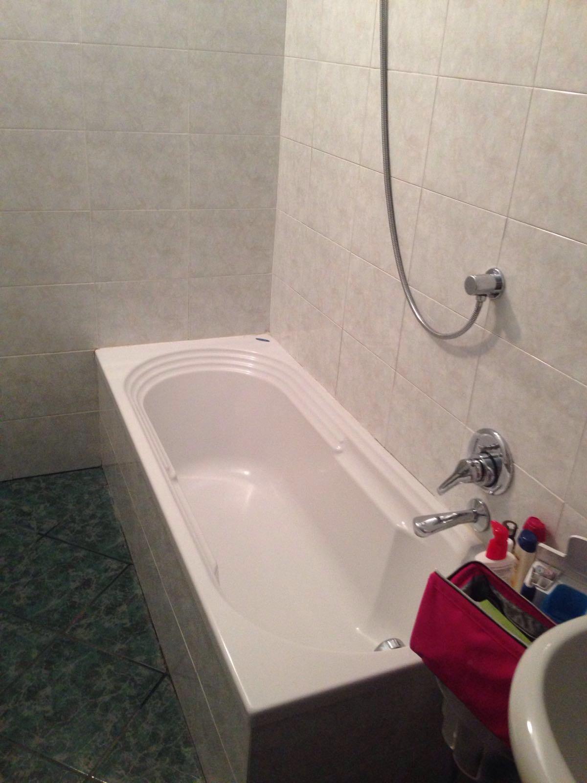 Sostituzione vasca da bagno con doccia a genova real - Sostituzione vasca da bagno ...