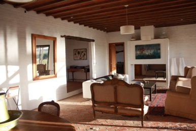 246-025-Small-Countryside-Farm-for-Rent