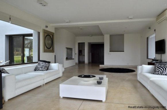 4307-Modern-Brand-New-Home-for-Rent-296