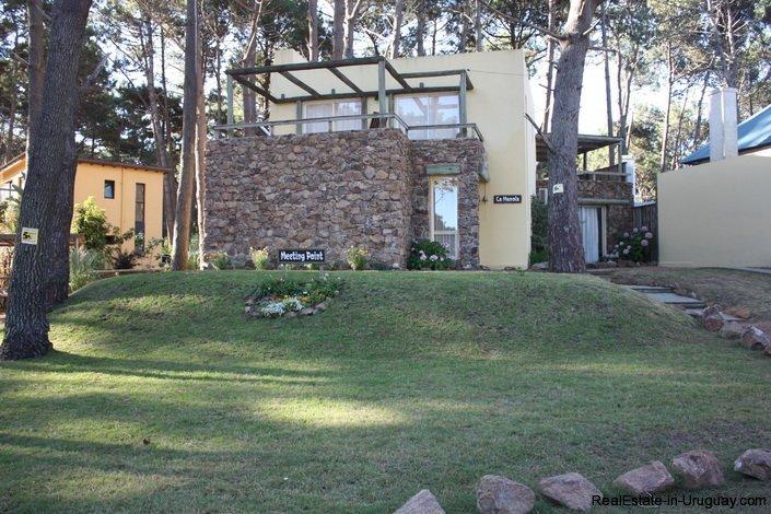 4421-House-in-Montoya-Between-Woods-and-Sea-474