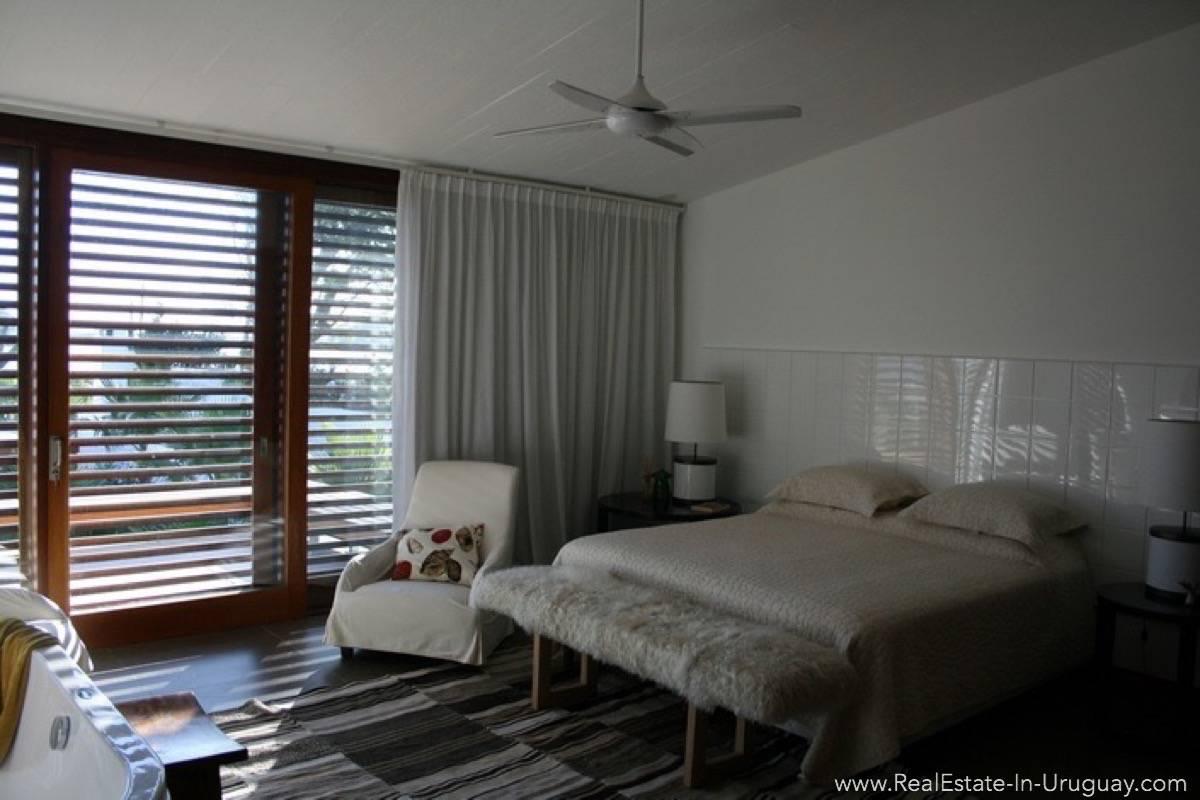 Modern Designer House - Bedroom