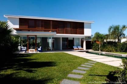 Modern Designer House - Outside of House