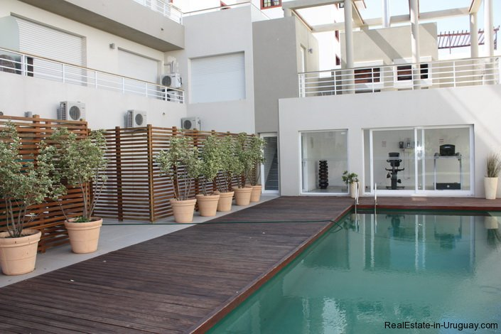4641-Modern-Attractive-Apartment-on-Peninsula-249
