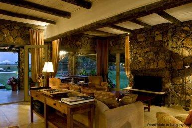 4006-Cozy-Spectacular-Modern-Inn-in-El-Chorro-by-Punta-Piedras-89
