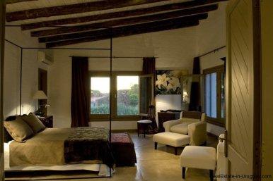 4006-Cozy-Spectacular-Modern-Inn-in-El-Chorro-by-Punta-Piedras-91