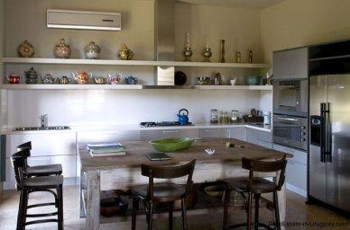 4021-Modern-Farmland-House-in-Laguna-del-Sauce-839
