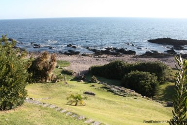 4518-Well-Built-Seafront-House-in-Punta-Ballena-849