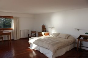 4518-Well-Built-Seafront-House-in-Punta-Ballena-852
