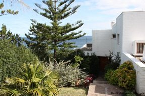 4518-Well-Built-Seafront-House-in-Punta-Ballena-855