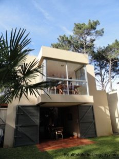 4604-Modern-Attractive-House-in-Montoya-574