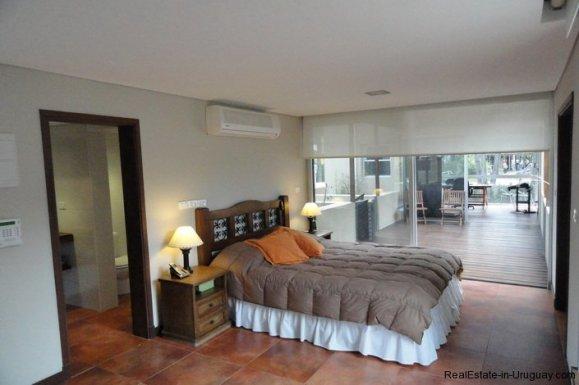 4604-Modern-Attractive-House-in-Montoya-577