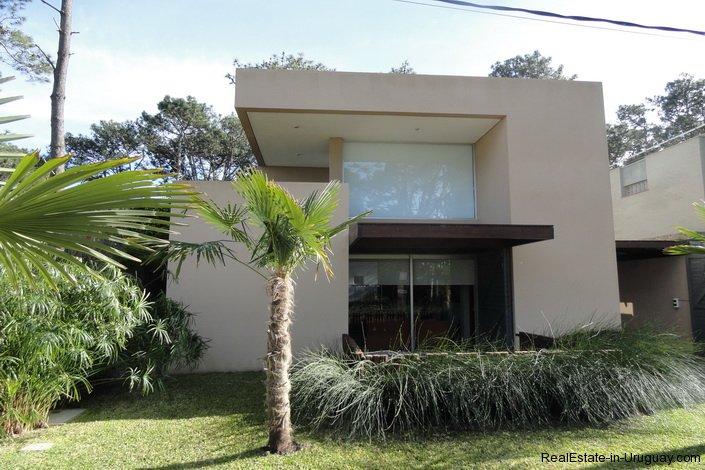 4604-Modern-Attractive-House-in-Montoya-582