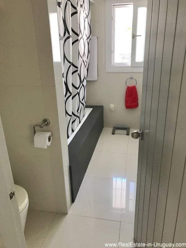 Astraia Guest Bathroom