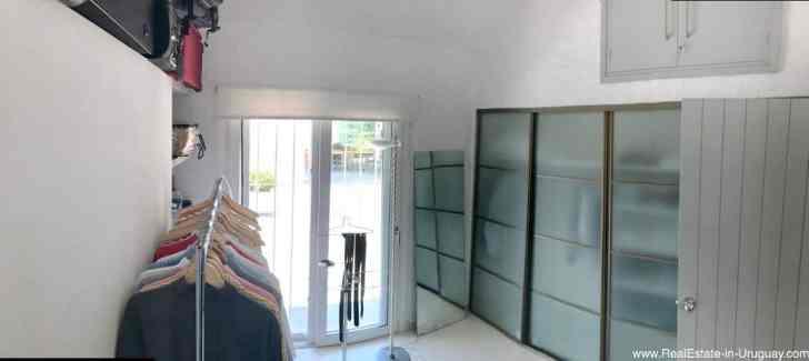 Astraia Master Closet Room