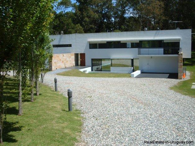 4706-Impressive-Modern-Residence-in-Playa-Brava-Area-1072