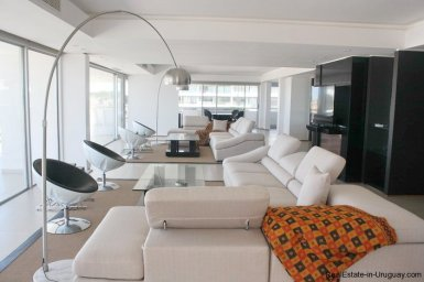 4786-spacious-modern-seafront-apartment-on-playa-brava-1015
