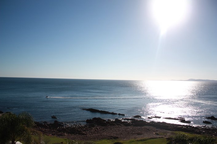 4815-Cliff-Top-Home-with-Stunning-Sea-Views-in-Punta-Ballena-1084