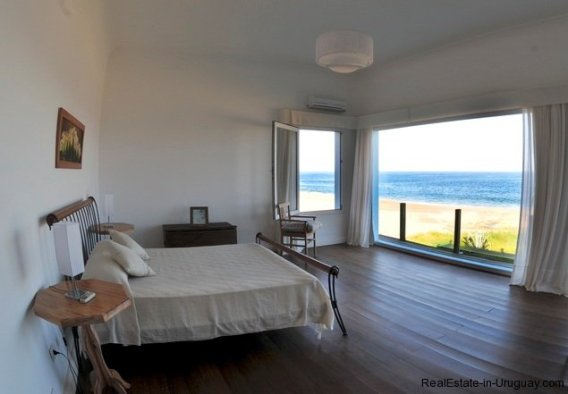 4864-Modern-Seafront-3-Story-Home-in-Punta-Piedras-1012