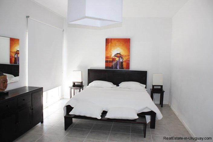 4381-Newer-Cozy-Home-in-El-Quijote-1436