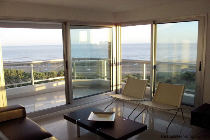 4425-Modern-Rental-Home-with-Great-Views-by-Jose-Ignacio-1713