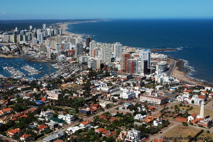 4437-Great-Investment-Opportunity-in-Gala-Puerto-by-the-Port-1722