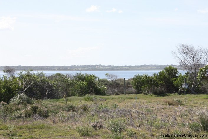 4514-Plot-of-Land-in-Santa-Monica-just-minutes-before-Jose-Ignacio-2132