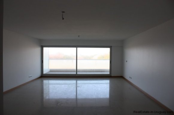 4582-Brand-New-Apartment-on-Playa-Brava-1988