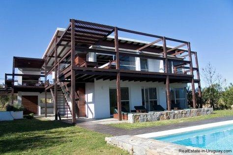 4584-Modern-2-Storey-Home-in-El-Chorro-1466