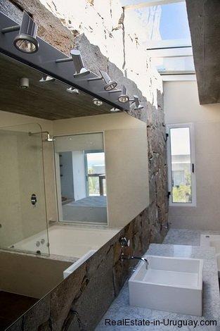 4584-Modern-2-Storey-Home-in-El-Chorro-1471