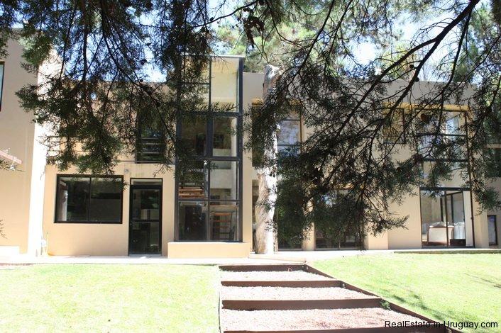 4714-Modern-Home-by-the-Sea-in-Rincon-del-Indio-Area-1525