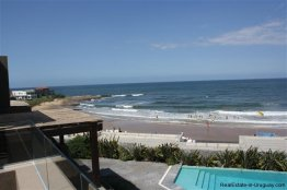 4728-Spacious-Apartment-in-Peaceful-Surroundings-Steps-from-the-Beach-1518