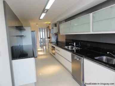 4741-Large-Apartment-with-Sea-Views-on-Brava-Beach-1950