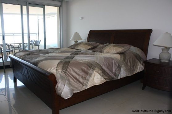 4764-Spacious-Modern-Apartment-on-Playa-Brava-2017