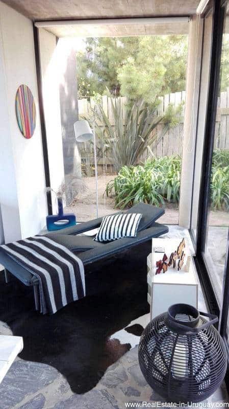 Living Room2 corner