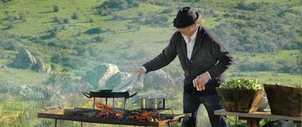 Francis Mallman cooking in Garzon