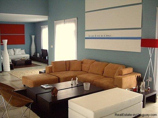 4554-Beautiful-Estate-directly-on-Laguna-del-Sauce-3117