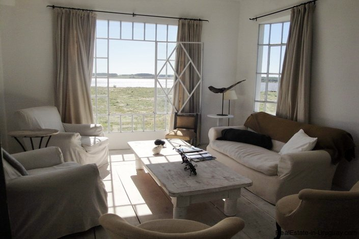 4732-Large-Seafront-Duplex-Apartment-on-Playa-Brava-2931