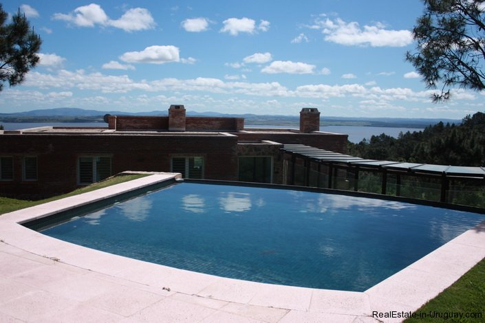4982-Home-in-Las-Cumbres-with-Lagoon-View-2964