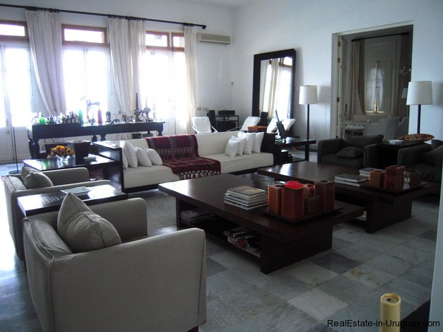 5010-Impressive-Estate-on-Laguna-del-Sauce-with-incredible-Lake-Views-3056