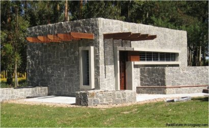 5199-Modern-Brand-New-Home-for-Rent-3351