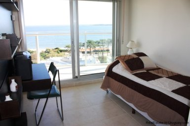 5207-Bright-and-Modern-Home-close-to-the-Ocean-3523